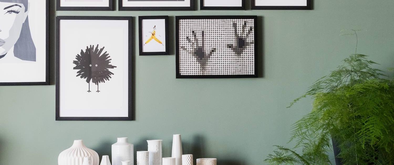 Das neu eingerichtete Wohnzimmer vereint einen 70er Retro-Look mit modernen Elementen. Ein Raum, in dem man sich einfach wohlfühlen muss und der perfekt zu den Bewohnern passt.