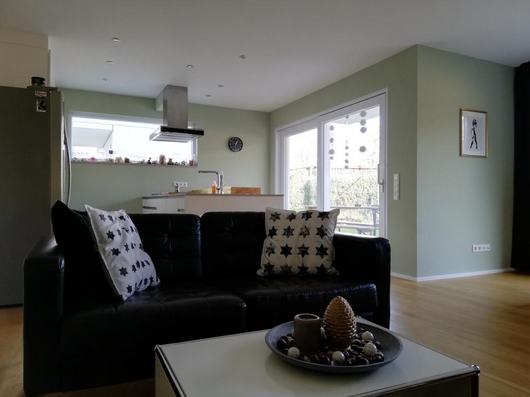 Nach der Einrichtungsberatung durch Malchow Interior Design wirkt der Wohnraum deutlich heller